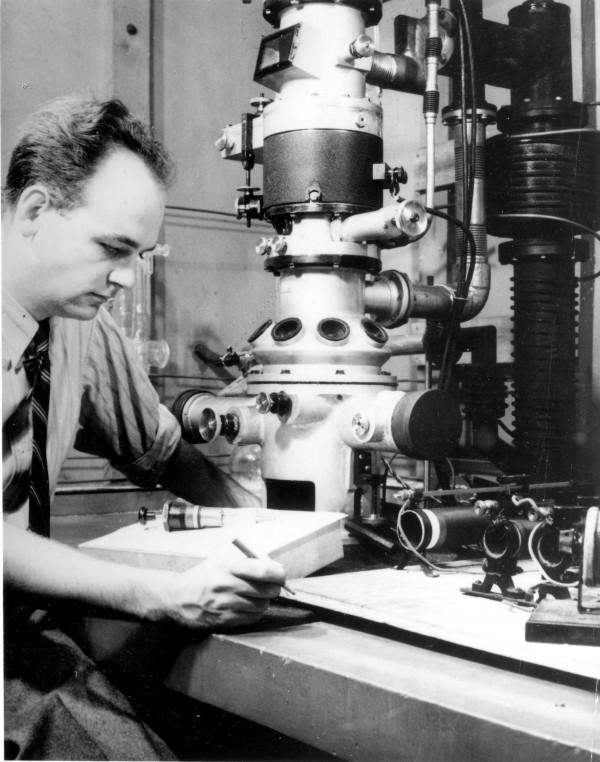 1931electron microscope