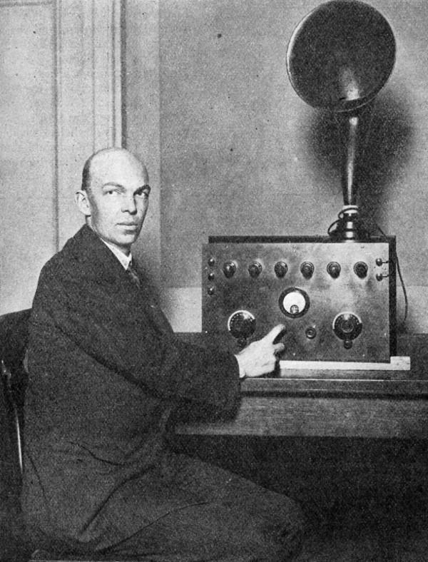 1933FMradio